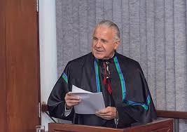 Dr. José Garrofe Dórea, professor emérito de nutrição da Universidade de Brasília